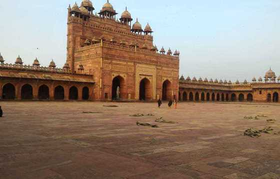 Golden Triangle Tour with Fatehpur Sikri